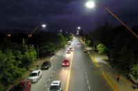 Más iluminación y pavimento: inauguraron la nueva Av. Colón