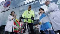 Recorre el país en bicicleta concientizando sobre enfermedades raras