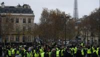 Francia: los chalecos amarillos marchan por quinto sábado consecutivo