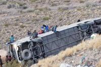 Desbarrancó un micro en Uspallata: al menos 3 muertos