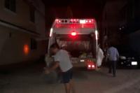 Un joven municipal cayó del camión y le aplastó el pie