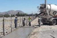 Avanzan en la construcción de 600 metros de vereda en La Bebida
