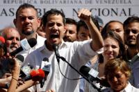 Juan Guaidó regresó a Venezuela y podría quedar detenido