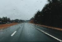 Del calor al frente frío: habrá fuerte viento, lluvias y baja temperatura