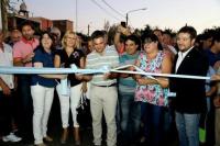 Aranda inauguró obras de repotenciación de alumbrado y pavimentación del barrio Colón