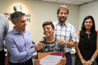 Aranda entregó certificados a jóvenes capitalinos por la realización de un curso de capacitación en Robótica