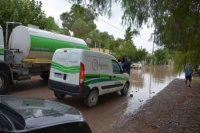 Intenso trabajo para asistir a las familias que sufrieron la lluvia en Rivadavia