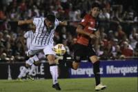 San Martín cayó por 3 a 0 frente a Newells y se complica en el descenso