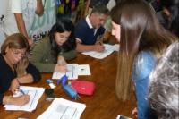 Continúan inscribiendo a jóvenes estudiantes para el Programa de Boleto Gratuito