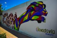 En Rivadavia buscan embellecer la ciudad mediante pintadas de murales