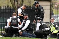 Estados Unidos: intentó prenderse fuego frente a la Casa Blanca