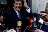 El ex presidente peruano Alan García se disparó un balazo en la cabeza cuando iba a ser detenido