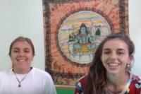 Miércoles de Yoga con Caro Pagés: todo lo que tenés que saber sobre el Acroyoga internacional