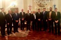 Uñac se reunió con embajadores para dialogar sobre el modelo económico implementado en San Juan como eje principal