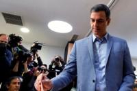 Los españoles van a las urnas para elegir a su próximo presidente
