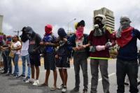 Miles de venezolanos vuelven a marchar contra Maduro