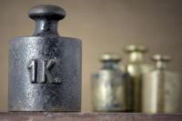Desde este lunes rige la nueva medida internacional del kilogramo