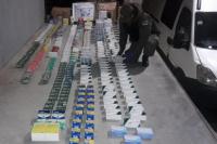Secuestraron gran cantidad de remedios y celulares sin documentación que ingresaban a la provincia