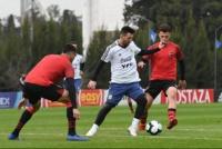 La Selección Argentina goleó a la reserva de Newells