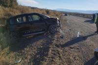 Espectacular accidente en Iglesia: una mujer volcó en su auto