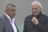 Menotti no viajó al debut de Argentina por problemas de salud