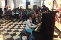 Los chicos de la Escuela de Música tocarán el piano a beneficio de Casa Cuna