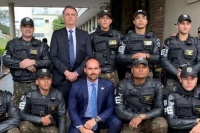 Escándalo en Brasil: arrestan a un militar de la comitiva de Bolsonaro con 39 kilos de cocaína