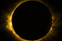 Sin lentes de sol ni radiografías: los 10 consejos para ver el eclipse solar y no generar daños a la vista