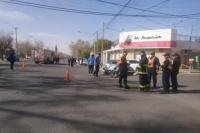 Accidente en Rivadavia entre un camión de bomberos y un auto