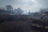 Angaco: se incendió un depósito tras el Zonda