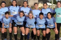 Jugadoras y cuerpo técnico de Villa San Carlos buscan evitar el descenso por falta de fondos