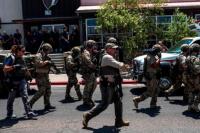 Tiros y masacre en un shopping de EEUU: al menos 20 muertos