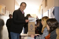 Roberto Gattoni votó en Capital