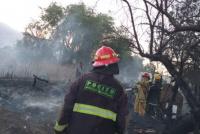 Pocito: amenazaron a bomberos voluntarios con un cuchillo y arma de fuego
