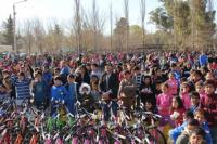 Ullum festejó el día del niño a lo grande: más de 4000 personas se hicieron presentes