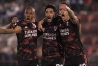 River venció a Huracán por 4-0