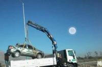 Perdió el control del auto y cayó a un zanjón: el conductor milagrosamente no sufrió heridas importantes