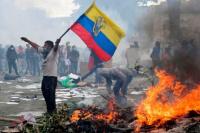 Crisis en Ecuador: cinco muertos y casi 900 detenidos en las protestas