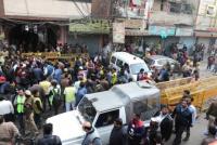 India: murieron en un incendio 43 trabajadores que dormían en una fábrica