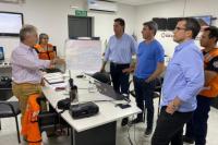 El gobernador Uñac visitó la Dirección de Protección Civil para analizar los daños causados por el fuerte viento