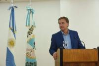 Mendoza congeló los sueldos de los funcionarios y las tarifas de los servicios