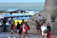 Verano en pandemia: decidieron que la ocupación turística será del 50% en la costa