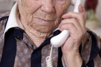 Anciana fue estafada con el cuento del tío: entregó más de $20 mil y joyas