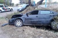 Accidente en Pocito: un auto terminó en el canal