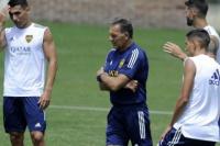 Russo llamó a Guerrero y reflotó su llegada a Boca