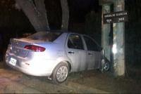 Tres adolescentes hospitalizados, tras estrellar su auto contra un árbol