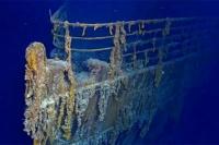 Un submarino inglés chocó contra el Titanic y lo ocultaron