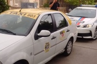 Insólito: robó un Remis y fue recuperado a la vuelta de una Comisaría