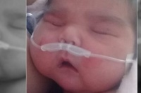 Continúa en pronóstico reservado el bebé que nació con 6 kilos