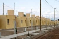 Anunciaron la construcción de 471 viviendas y la reactivación de obras de cloacas en Caucete